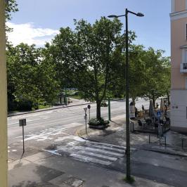 Eladó  téglalakás (Dunaújváros, Belváros) 15,9 M  Ft