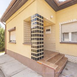 Eladó  családi ház (Orosháza, Szentetornya) 12 M  Ft
