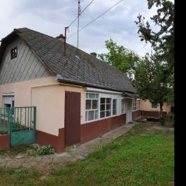 Eladó  családi ház (Bölcske) 6,9 M  Ft