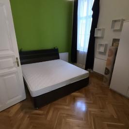 Kiadó  téglalakás (Budapest, VIII. kerület) 180 E  Ft/hó