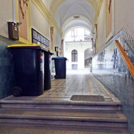 Eladó  téglalakás (Budapest, VII. kerület) 42,9 M  Ft
