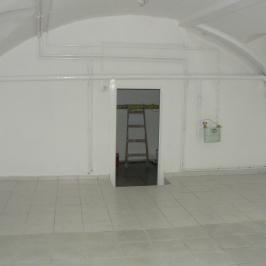 Eladó  üzlet (Budapest, VI. kerület) 19,5 M  Ft