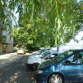 Eladó  panellakás (Eger, Lajosváros) 19,8 M  Ft