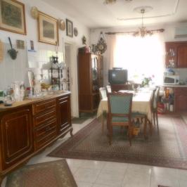 Eladó  családi ház (<span class='notranslate'>Budapest, XVII.  </span>kerület) 79,9 M   <span class='notranslate'>Ft</span>