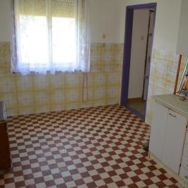 Eladó  családi ház (Becsehely) 8,9 M  Ft