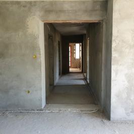 Eladó  családi ház (Vác) 21 M  Ft