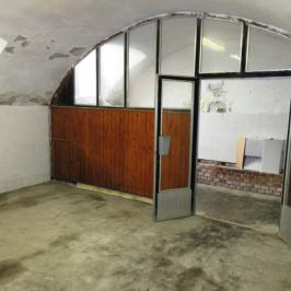 Eladó  raktár (Budapest, VII. kerület) 10 M  Ft +ÁFA