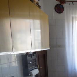 Kiadó  üzlet (Nyíregyháza) 450 E  Ft/hó