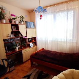 Eladó  panellakás (Debrecen) 25,5 M  Ft