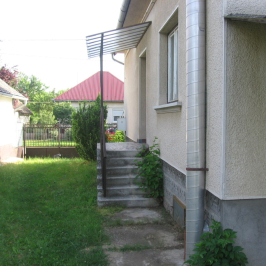 Eladó  családi ház (Tóalmás) 18,8 M  Ft