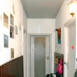 Eladó  téglalakás (Tököl, Pesti úti lakótelep) 17,5 M  Ft