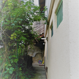 Eladó  családi ház (<span class='notranslate'>Budapest, XV.  </span>kerület) 59,9 M   <span class='notranslate'>Ft</span>