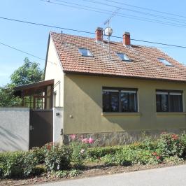 Eladó  családi ház (Szeged-Gyálarét) 32,9 M  Ft