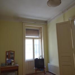 Eladó  téglalakás (<span class='notranslate'>Budapest, VIII.  </span>kerület) 54,9 M   <span class='notranslate'>Ft</span>