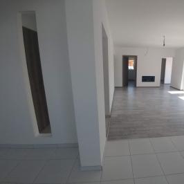 Eladó  családi ház (Sopron) 23,9 M  Ft