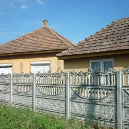 Eladó  családi ház (<span class='notranslate'>Szentlőrinckáta</span>, <span class='notranslate'></span>) 8,6 M   <span class='notranslate'>Ft</span>