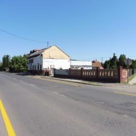 Eladó  üzlethelyiség utcai bejáratos (<span class='notranslate'>Tiszavasvári</span>, <span class='notranslate'>Belváros</span>) 24,5 M   <span class='notranslate'>Ft</span>