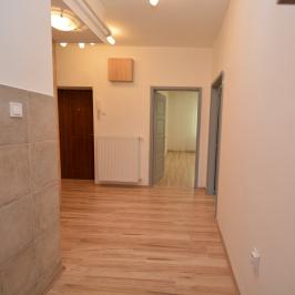 Eladó  téglalakás (Debrecen, Dobozikert) 23,9 M  Ft