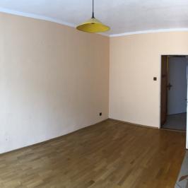 Eladó  panellakás (Paks, Lakótelep) 24,9 M  Ft
