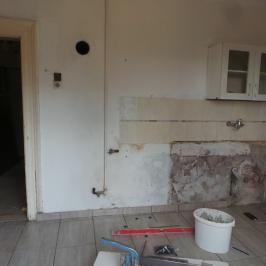 Eladó  házrész (Pécel, Vasúton túli terület) 23,5 M  Ft