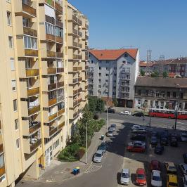 Eladó  panellakás (<span class='notranslate'>Budapest, VIII.  </span>kerület) 37,9 M   <span class='notranslate'>Ft</span>