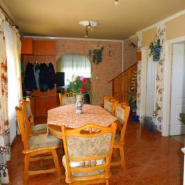 Eladó  családi ház (Tura) 28,6 M  Ft