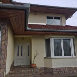 Eladó  családi ház (Dunakeszi, Dunapart lakópark) 99 M  Ft