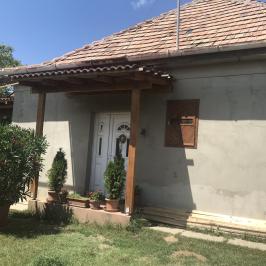 Eladó  családi ház (Péteri) 32 M  Ft