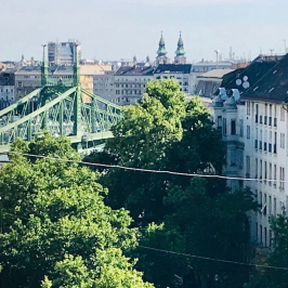 Eladó  téglalakás (<span class='notranslate'>Budapest, XI.  </span>kerület) 90 M   <span class='notranslate'>Ft</span>
