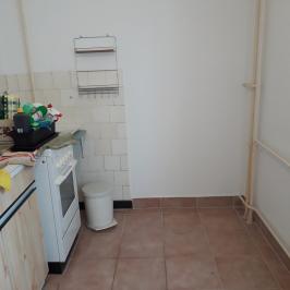 Eladó  téglalakás (Dunaújváros, Technikum városrész) 15,99 M  Ft
