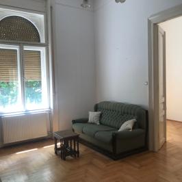 Kiadó  téglalakás (Budapest, VI. kerület) 225,4 E  Ft/hó