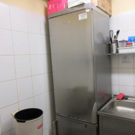 Eladó  melegkonyhás vendéglátóegység (Budapest, V. kerület) 17 M  Ft