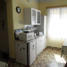 Eladó  családi ház (Penc) 20,9 M  Ft