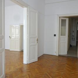 Eladó  téglalakás (Budapest, VII. kerület) 69 M  Ft