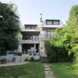 Eladó  ikerház (Budapest, II. kerület) 199,9 M  Ft