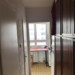 Eladó  panellakás (Budapest, III. kerület) 29,5 M  Ft