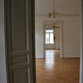 Kiadó  iroda (<span class='notranslate'>Budapest, II.  </span>kerület) 350 E   <span class='notranslate'>Ft</span>/hó