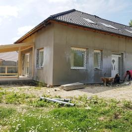 Eladó  ikerház (Eger) 55 M  Ft