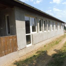 Eladó  ikerház (Nyíregyháza, Kistelekibokor) 8 M  Ft
