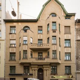 Eladó  téglalakás (Budapest, I. kerület) 99,8 M  Ft