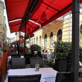 Eladó  melegkonyhás vendéglátóegység (Budapest, IX. kerület) 50 M  Ft
