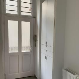 Eladó  téglalakás (Budapest, VI. kerület) 64,9 M  Ft