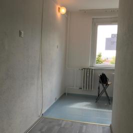 Eladó  panellakás (Szigetszentmiklós, Szent Miklós úti lakótelep) 25,6 M  Ft