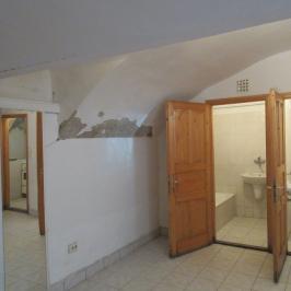 Eladó  üzlet (Budapest, VII. kerület) 15,7 M  Ft