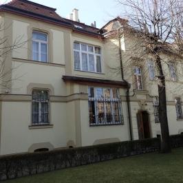 Kiadó  iroda (<span class='notranslate'>Budapest, XIV.  </span>kerület) 390 E   <span class='notranslate'>Ft</span>/hó
