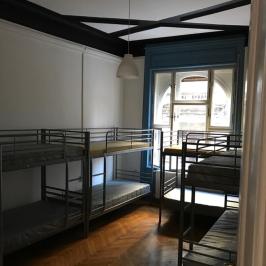 Eladó  téglalakás (Budapest, VI. kerület) 114,3 M  Ft