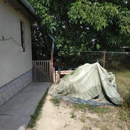 Eladó  nyaraló (Tóalmás) 5,3 M  Ft