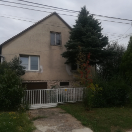 Eladó  családi ház (Oroszlány) 34 M  Ft