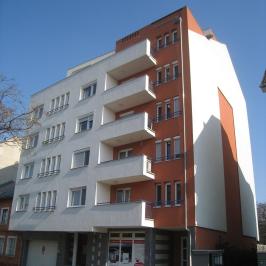Kiadó  üzlethelyiség utcai bejáratos (<span class='notranslate'>Budapest, XIV.  </span>kerület) 196 E   <span class='notranslate'>Ft</span>/hó