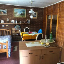 Eladó  családi ház (Érsekvadkert) 31 M  Ft